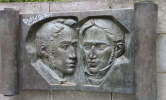 А. Герцен и Н. Огарев
